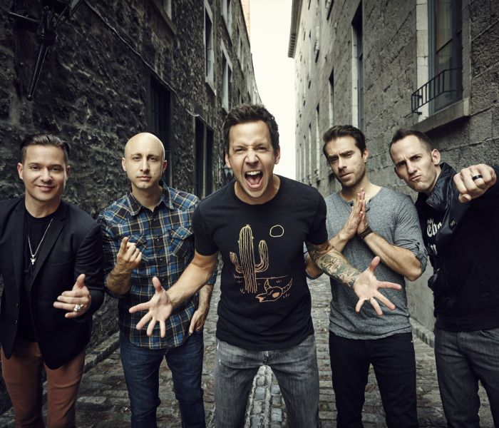 Photo representing HOMECOMING 2016: Simple Plan with Wavves